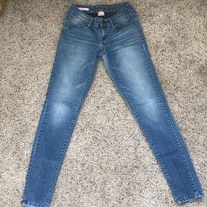 Decree denim legging light wash skinny jeans